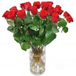 Bouquet de roses à la tige 3,50 euros la rose !