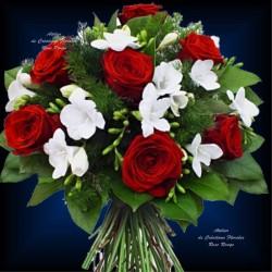Букет из белых роз RED RUBIS